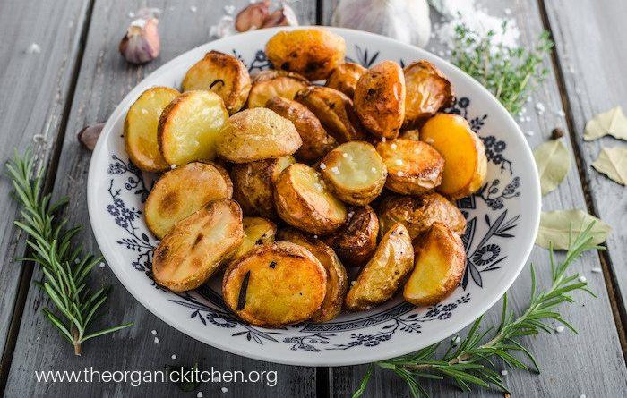 Whole30 Roasted Potatoes (with Rosemary Garlic Option)