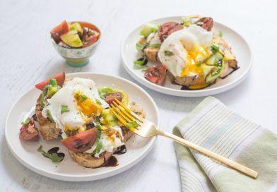 Heirloom Tomato Burrata Toast with Poached Eggs